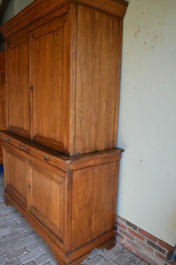 antieke buffetkast, antieke winkelkast, antieke boekenkast, antieke servieskast, antieke bibliotheekkast, antieke vitrinekast