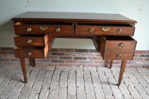 antieke schrijftafel, antiek bureau, antiek buro