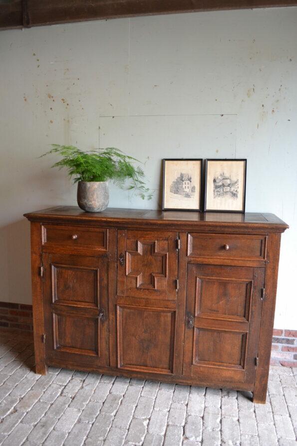 antieke melkkast, antieke spinde, antieke broodkast