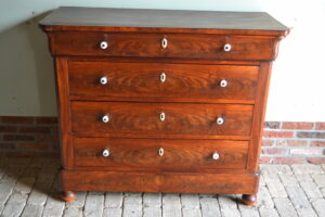 antieke ladekast, antieke ladenkast, antiek dressoir, antieke commode, antieke tvkast